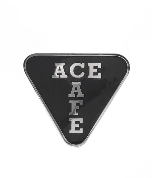 ACL TT Badge front